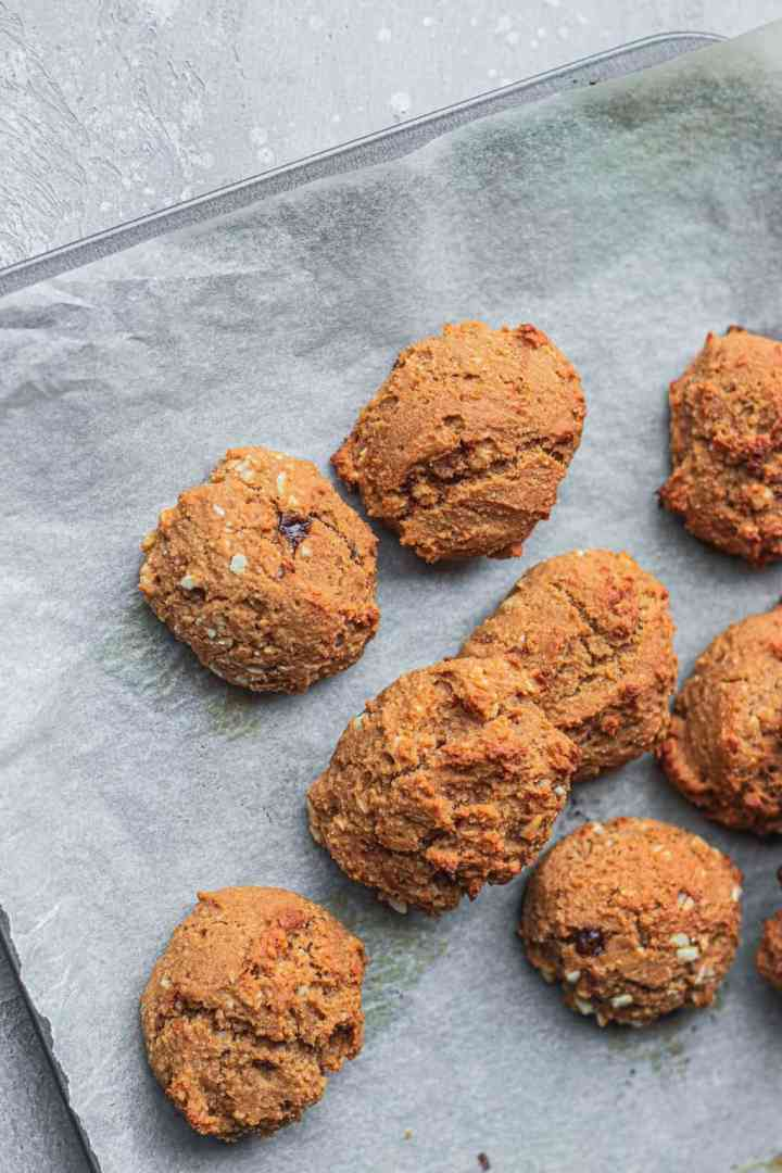 Vegan cookies on a baking sheet