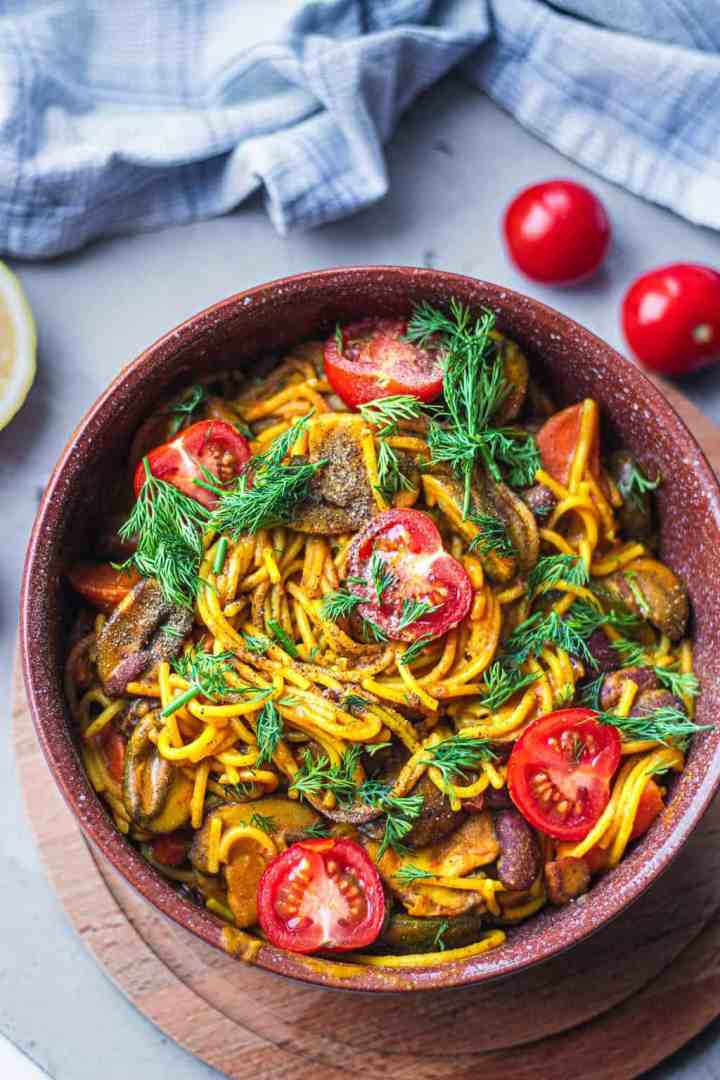 One pot pasta with beans and vegetables