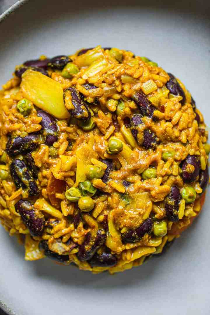 Vegan red rice and beans gluten-free oil-free