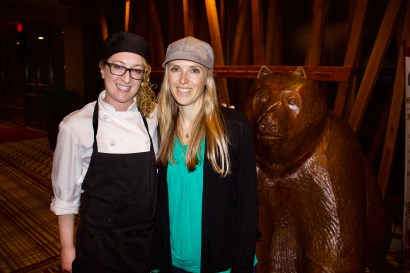 Cinnamon Bear Chef Karine Dubreuil and Earthsave's Hayley Ingman (P: Lanndis de Lallo)