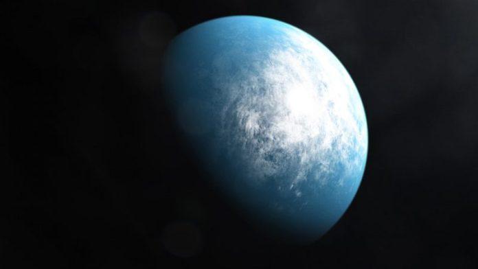 अंतरिक्ष में पृथ्वी जैसा ग्रह।