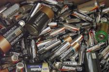 batteries sml1 700x467 225x150 Earthtalk Q&A