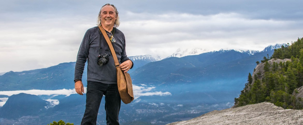 Andy's tips on how to buy a good DSLR camera for beginners. Now he's on top of The Chief in Squamish with his Nikon D3200.