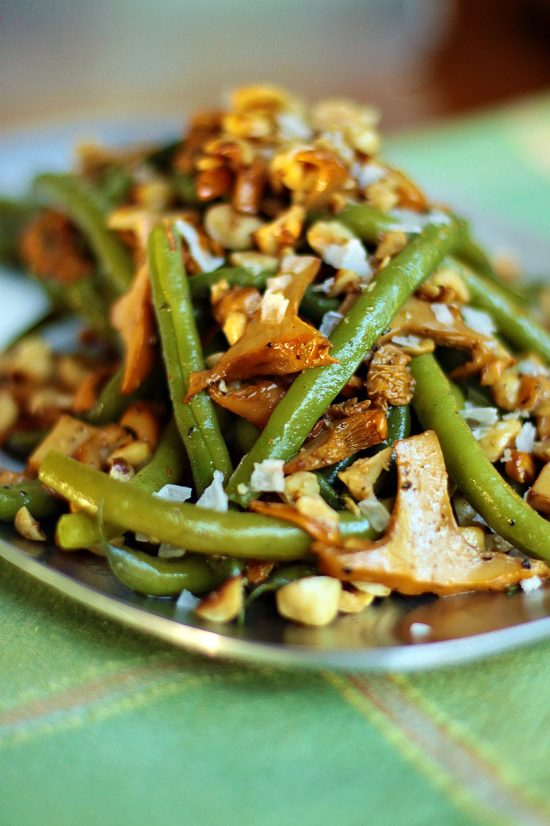 Chanterelles and Green Beans with Hazelnuts