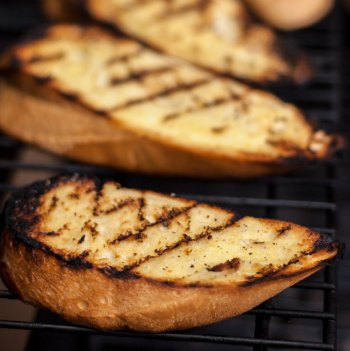 Grilled Garlic Toasts