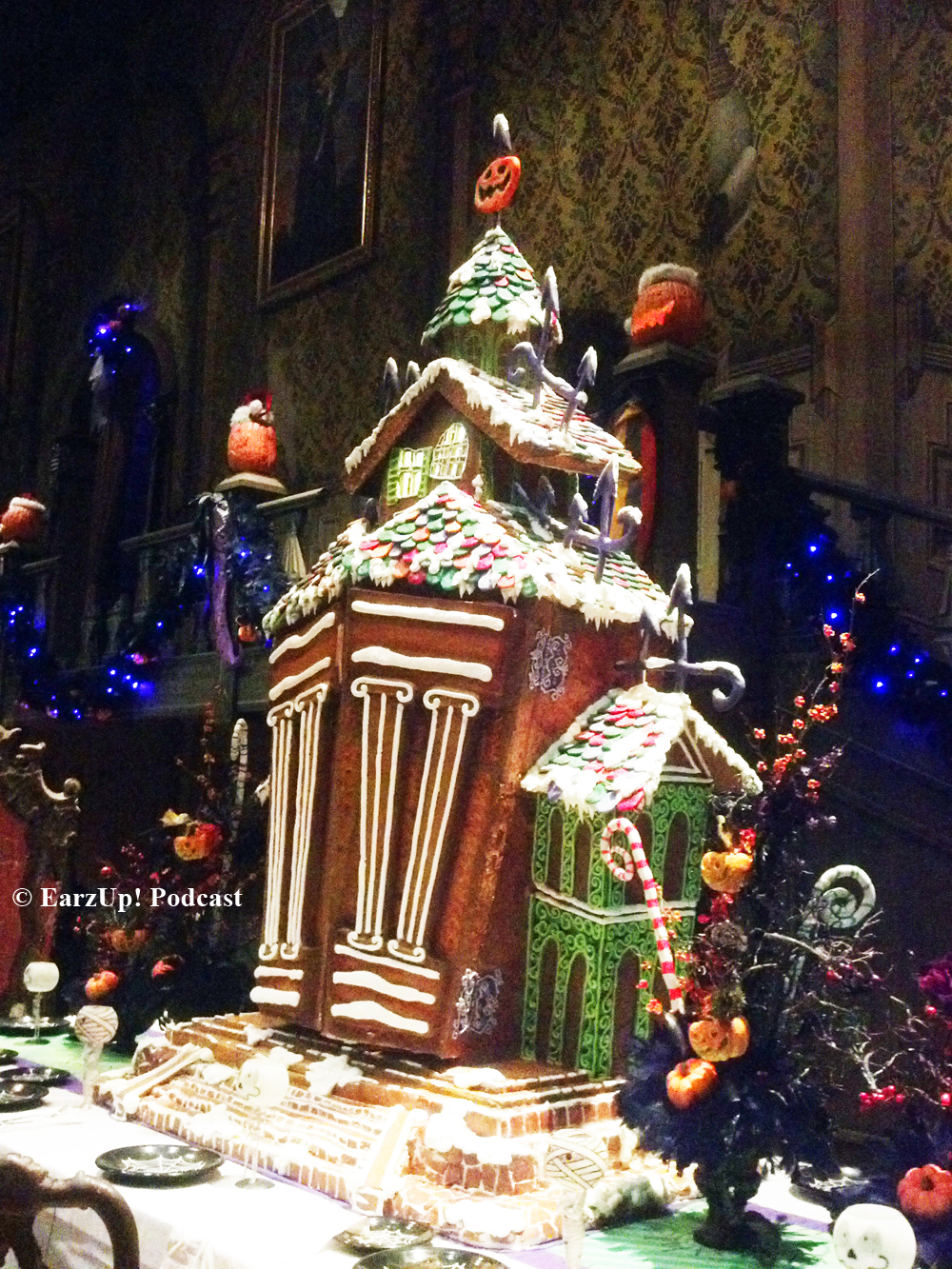 Exclusive Haunted Mansion Gingerbread House 2014