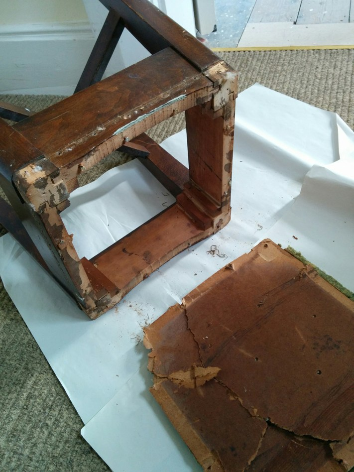Kitchen stool - top off