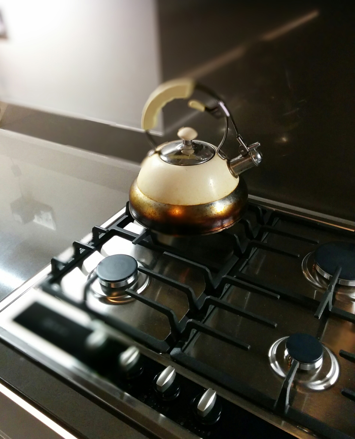 Gas hob by Neff. German kitchen by Nobilia. Walls in Charleston Gray by Farrow & Ball. From 'An Eastbourne Diary' blog