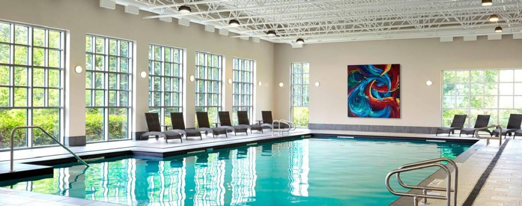 Algonquin Resort swimming pool