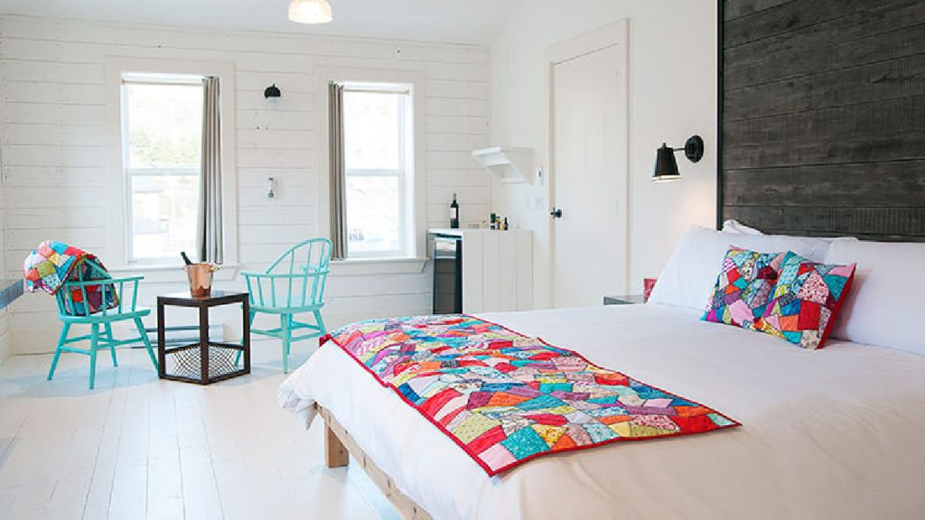 Mallard Cottage Inn room