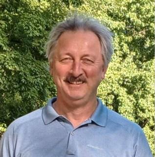 NL author Bruce Whiffen