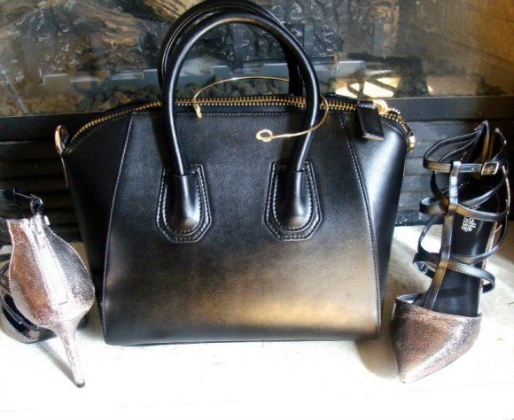 Choosing outstanding accessories, BagInc, Giveaway, Christi Leather Handbag, Bow Tie Collar necklace from Fashionest