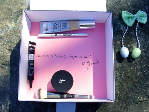 IT Cosmetics, Fashion Phases Get Healthy Radiant Looking Skin In Minutes