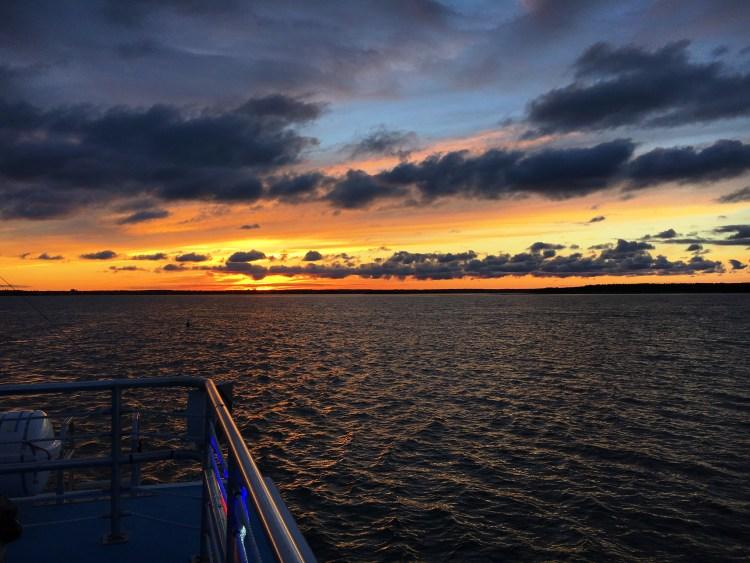 Sunset 10 - Sunset Bay Cruises