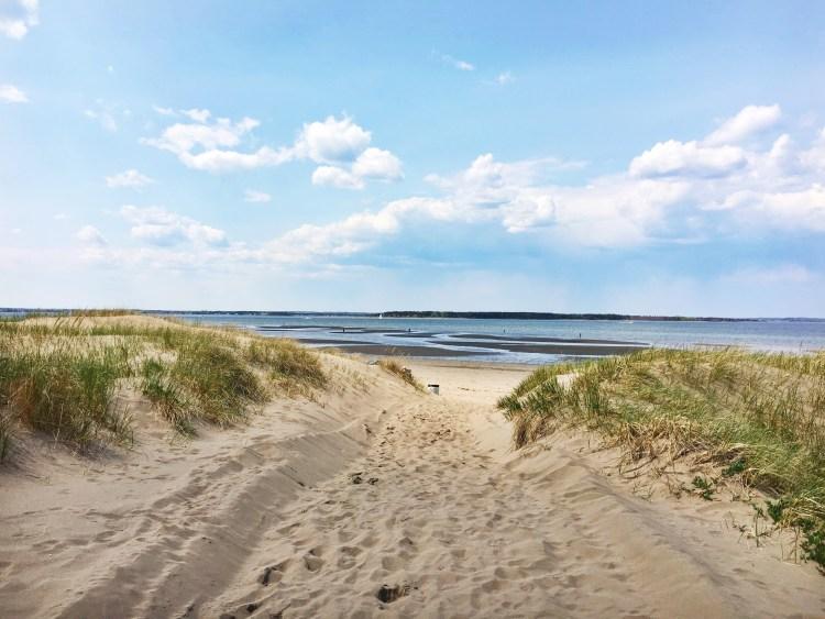 Parlee Beach (Large) - @crystal_catherine