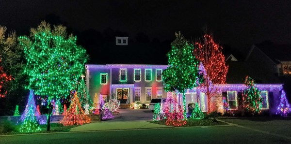 East Cobb Holiday Lights