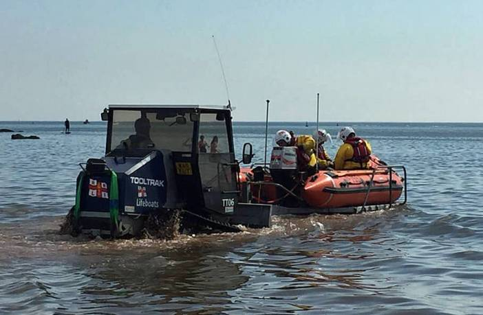 Exmouth RNLI lifesavers launch to the rescue. Image: RNLI Budleigh