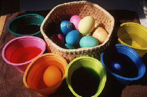 Easter Stuff - Easter Egg Tips - Coloring Easter Eggs.