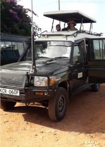 Masai Mara Kenya Safari - land criser transport to masai mara is now popular in Eastern Vacations