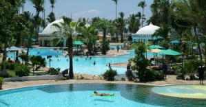Southern Palms Beach Resort offers all inclusive meal plan