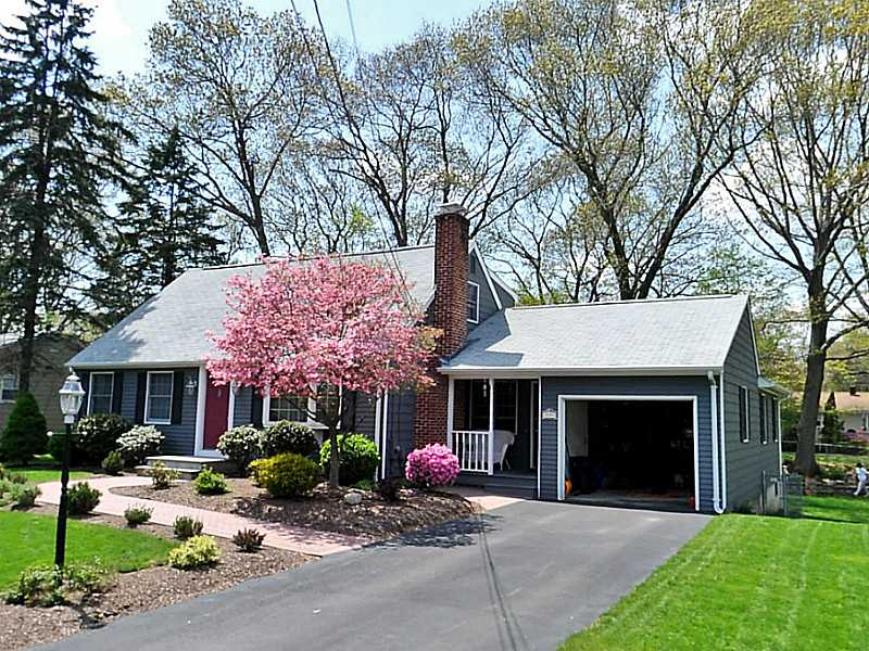 Just Sold:5 EG, 3 Nearby Warwick Homes Sold this Week