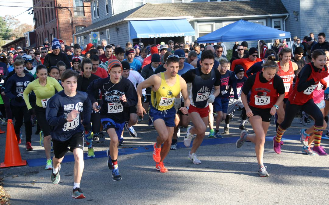 More Than 500 Turn Out for 7th Annual Turkey Trot