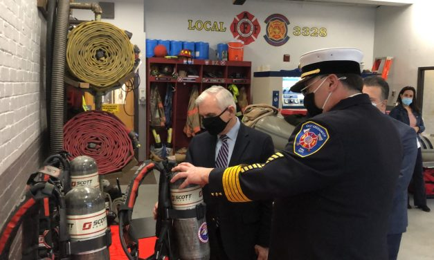 Sen. Reed Visits EG's Station 1 to Celebrate FEMA Grant
