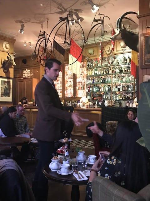 cocktail bar in mayfair