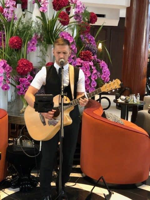 hotel bar in london