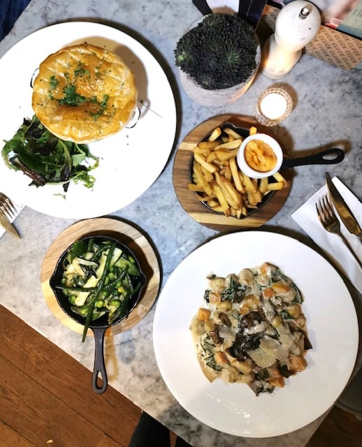 neighbourhood restaurant in pimlico
