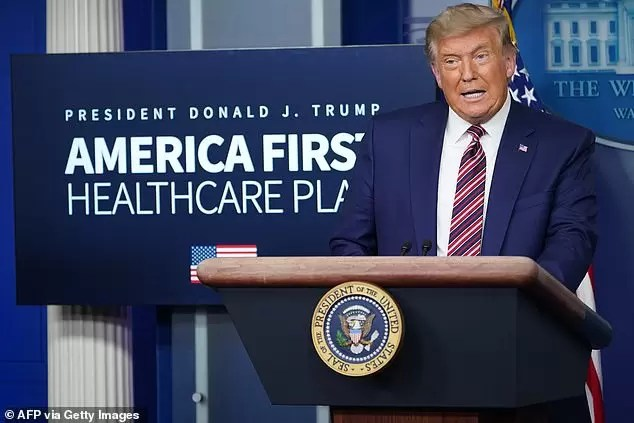 Photo of Worn Out Trump Accuses Pfizer Of Delaying Vaccine To Decampaign Him