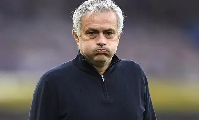 Photo of BREAKING: Tottenham SACK Jose Mourinho, Walks away With 23 Million Pounds in Pay Off