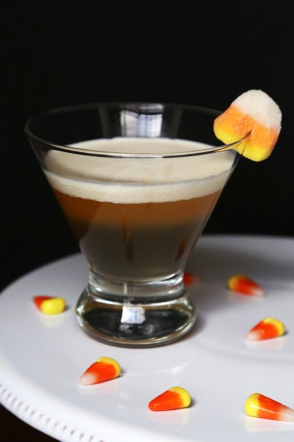 2b74e44e18aa35a8_candy-corn-cocktail.xxxlarge_2x