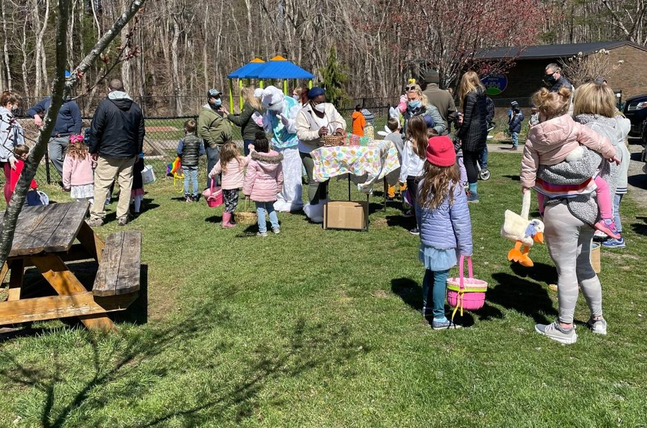 Easton Park and Rec Easter Egg Hunt