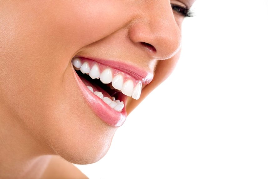 Teeth Whitening: an easy way to transform your smile.