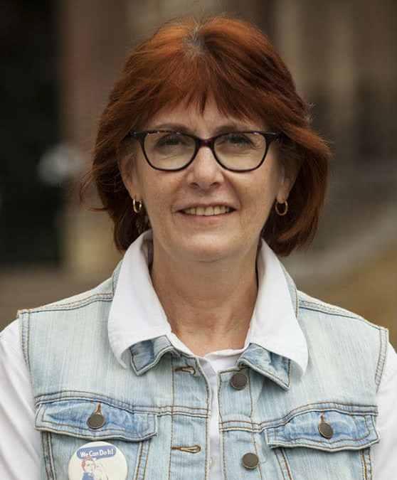 Lynn Rabbitts, Program Director