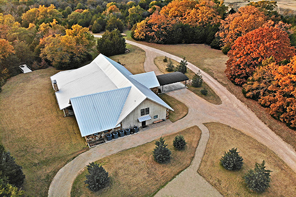 Hilltop private retreat lodge on 45 Acres in East Texas for sale