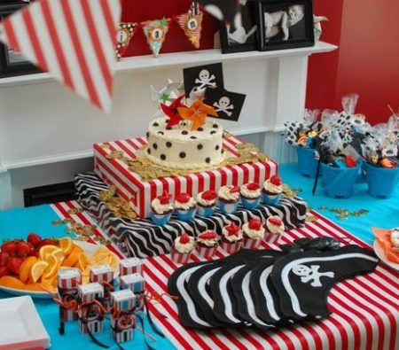 Print Pirate ship baby shower decoration kit