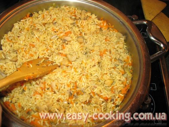 Бурый рис с грибами - рецепт приготовления