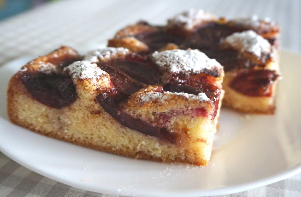 Пиріг зі сливами - Катрусина кухня
