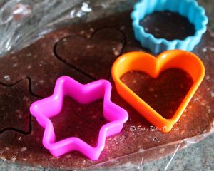 using cookie cutter, differen shapes can also be made - would be a good kids activity