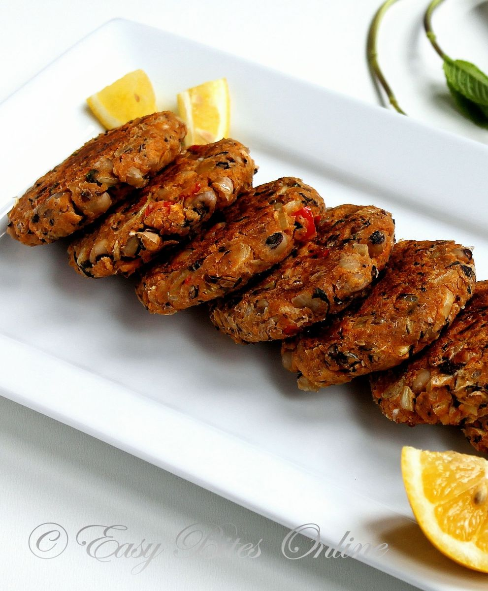Black Eyed Bean Kebabs With Mint Yogurt Dip