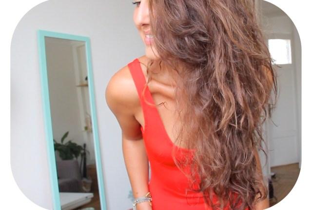 Voici mes conseils, astuces et produits préférés pour prendre soin de mes cheveux au naturel, et les faire pousser plus vite