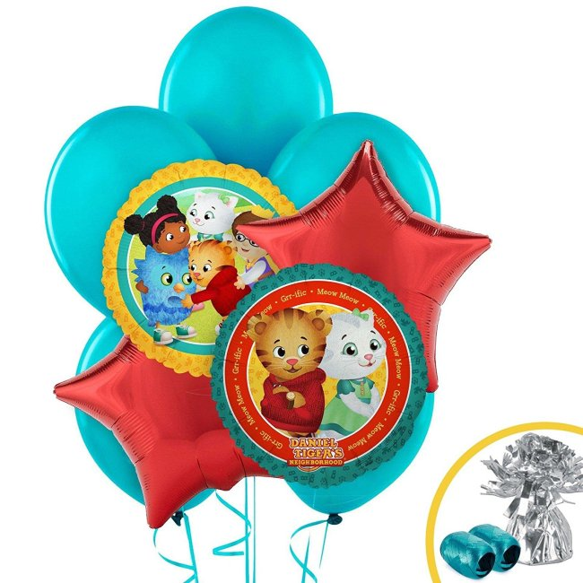 This Daniel Tiger party balloon bouquet comes with 12 balloons and a balloon weight
