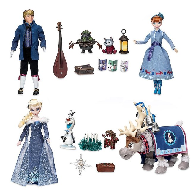 Olaf's Frozen Adventure Singing Doll Set includes everything that you see here