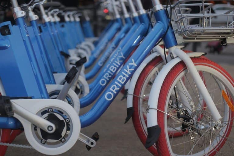 Easy E-Biking - Velib's Competitor Expands the Fleet of Electric and Shared Bicycles in Paris