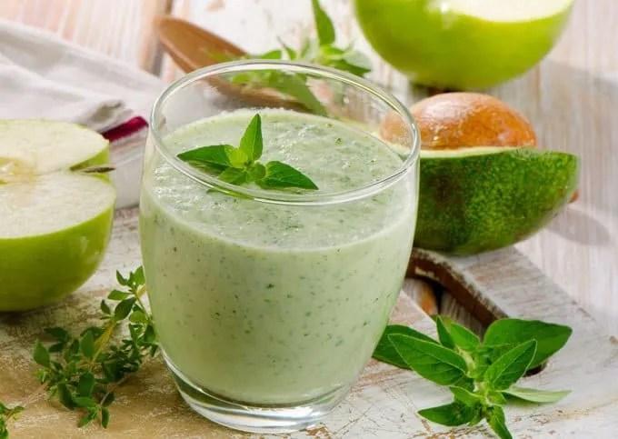 Зелен протеински шејк
