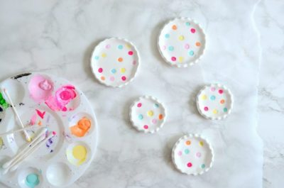 https://lollyjane.com/diy-polka-dot-ring-dishes/