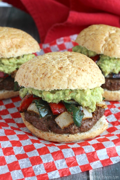 All the peppers, onions, Mexican spices and creamy guacamole you love in fajitas … jam-crammed intoone gloriously, deliciouslysatisfying Fajita Burger recipe!