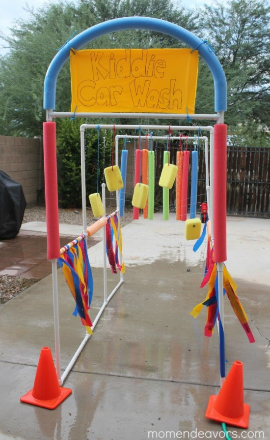 This DIY kiddie car wash is absolutely perfect for summer outdoor fun, easy to build, and something the kiddos absolutely LOVE!